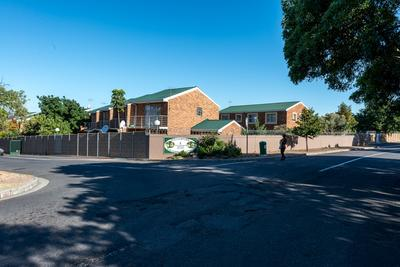 Property For Sale in Oak Glen, Bellville
