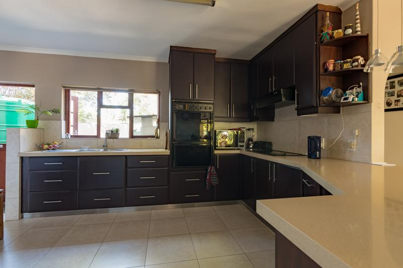 Property For Sale in Durbanville, Durbanville 4