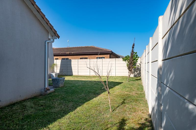 Property For Sale in Sonkring, Brackenfell 33