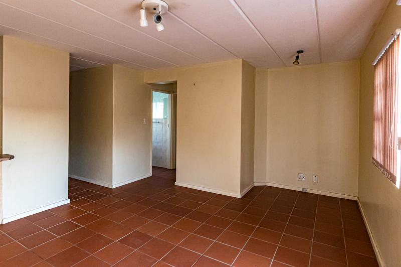 Property For Sale in Chrismar, Bellville 12