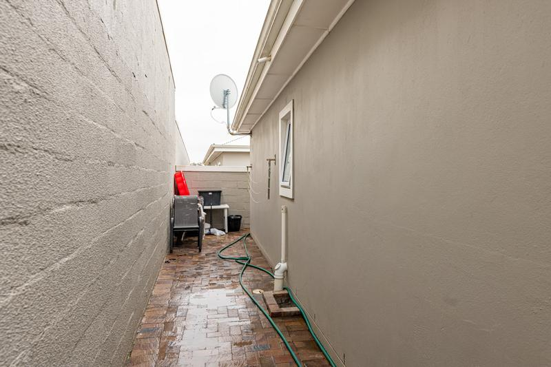 Property For Sale in Brackenfell South, Cape Town 28