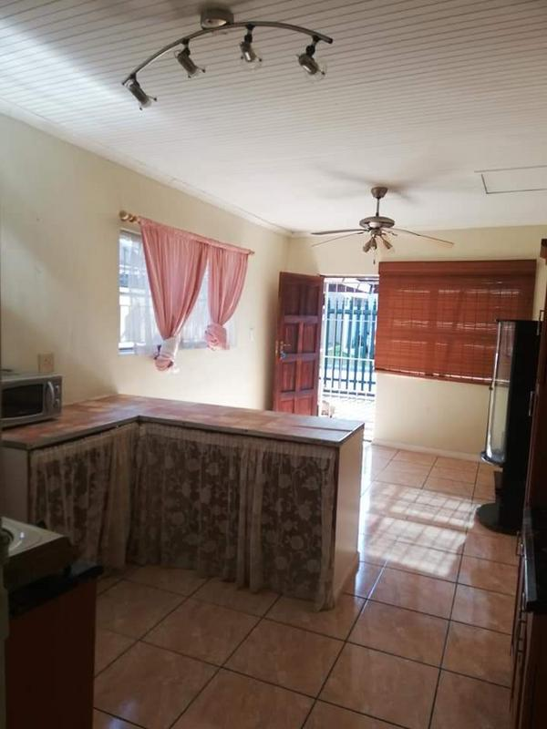 Property For Sale in Bonnie Brae, Kraaifontein 39