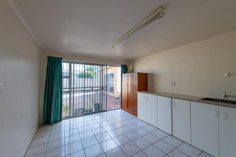 Property For Sale in Glenlily, Parow 44