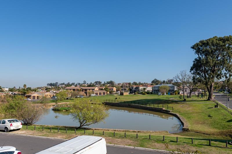 Property For Sale in Vredekloof Heights, Brackenfell 23